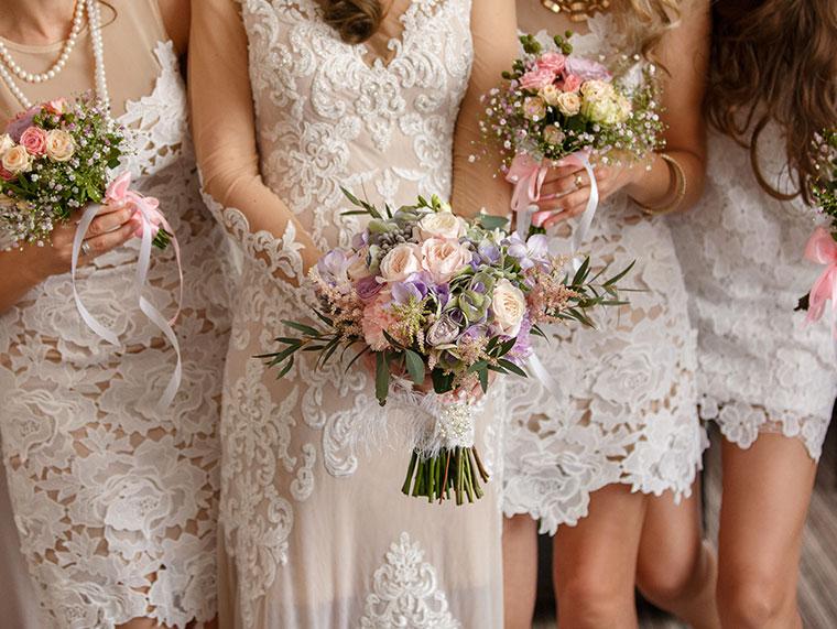 Les Bridesmaids